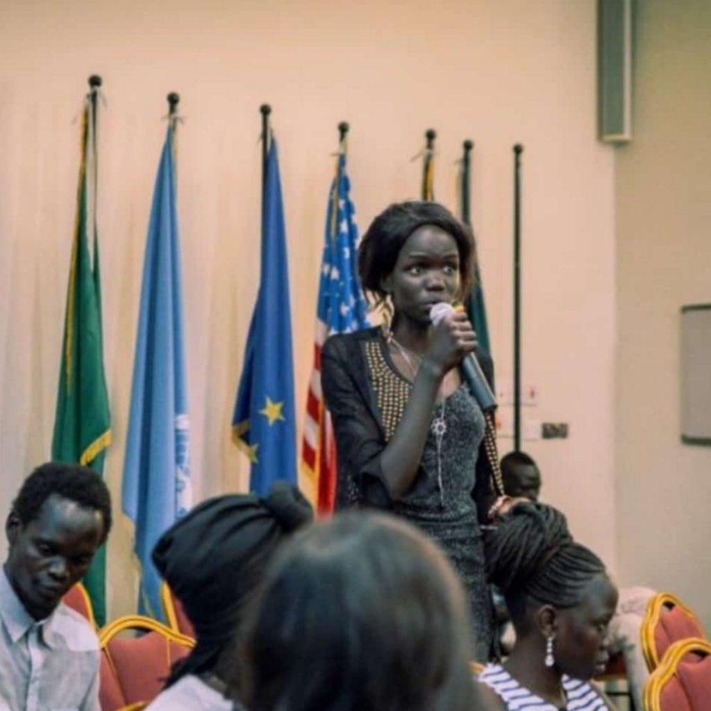 Theresa Nyalony Gatwang