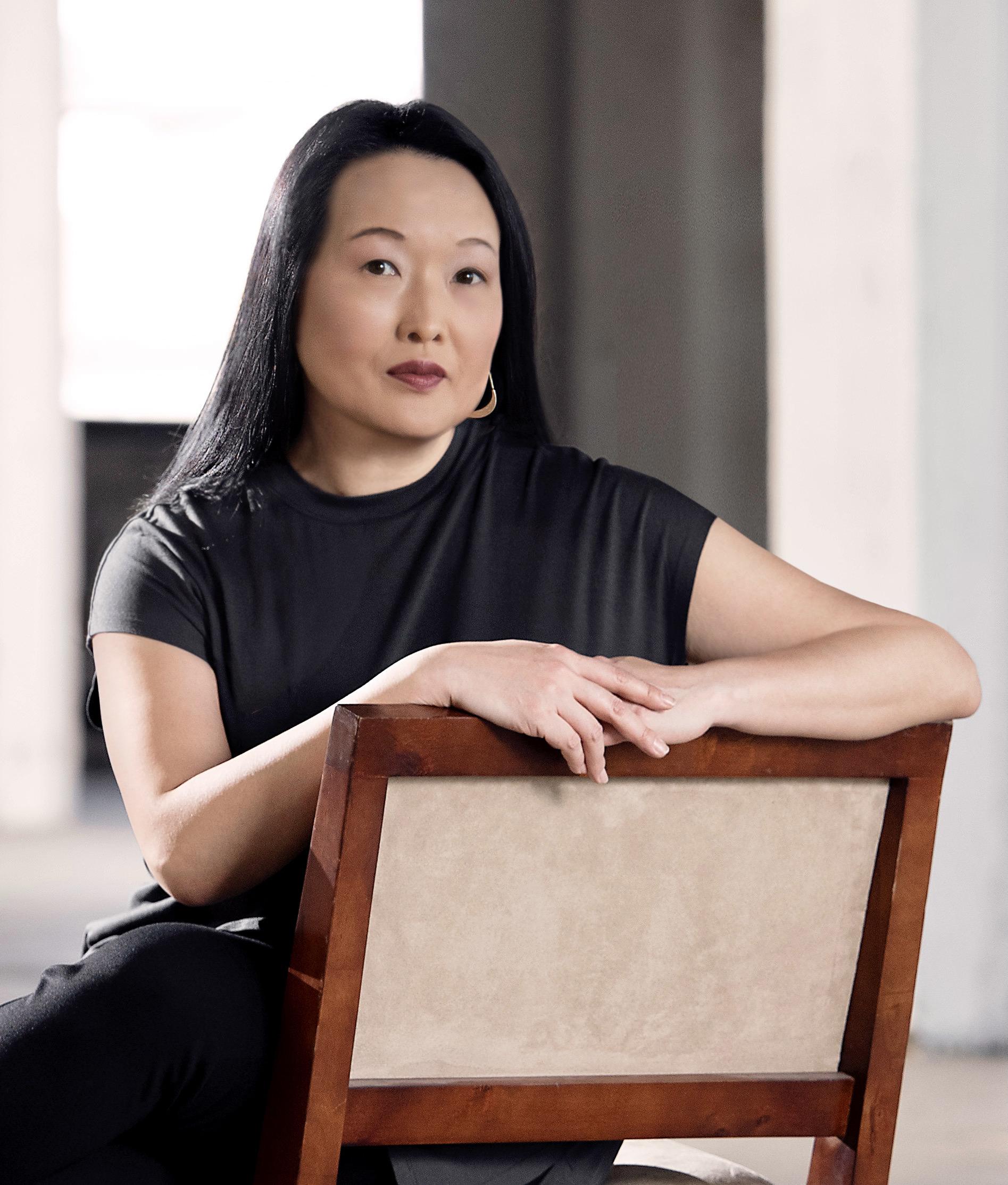 Jung Yun, Novelist